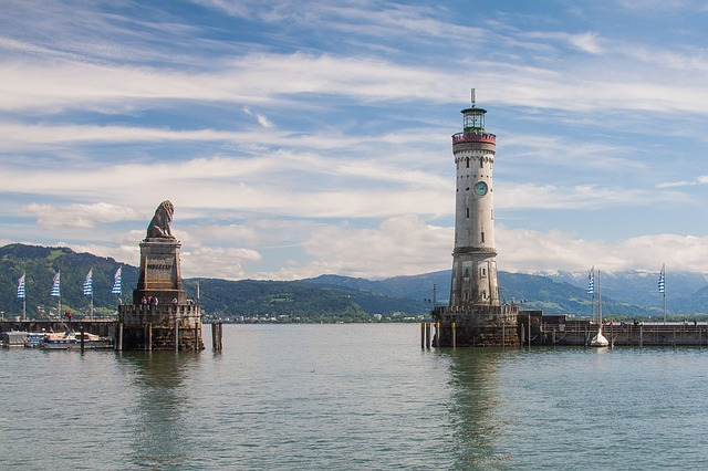 Lindau, cycling Lake Constance