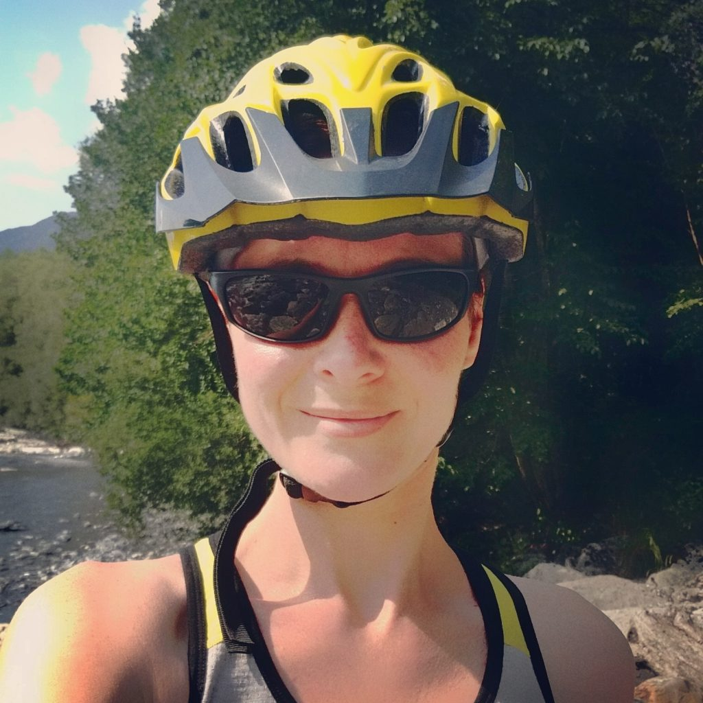 sun-and-river-cycling